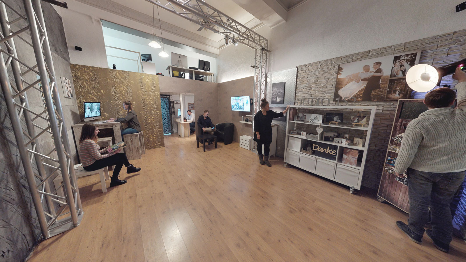 new school photos fotostudio witten ffnungszeiten. Black Bedroom Furniture Sets. Home Design Ideas